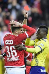 Jupiler Pro League - A dix pendant plus d'une mi-temps, le Standard prend un point à Waasland-Beveren
