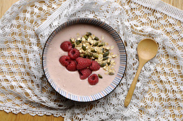 OUT: le smoothie, IN: le smoothie bowl - Article 750 grammes