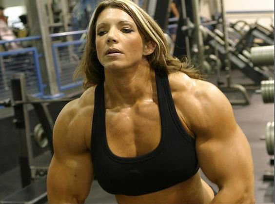 Top 10 Most Extreme Female BodyBuilders : - female bodybuilders 24