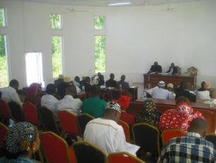 Motion de censure contre le conseil des commissaires à Ndzuani : Dar-nadjah choisit d'ignorer Dar-soifa - Al-Watwan, quotidien comorien, actualités et informations des Comores