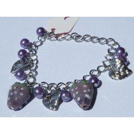 """Bracelet perles violettes et pendentif """"feuille"""" par JL Bijoux Création"""