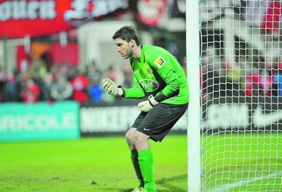 FOOTBALL. National. FCR: Defourny remet les gants   Paris Normandie