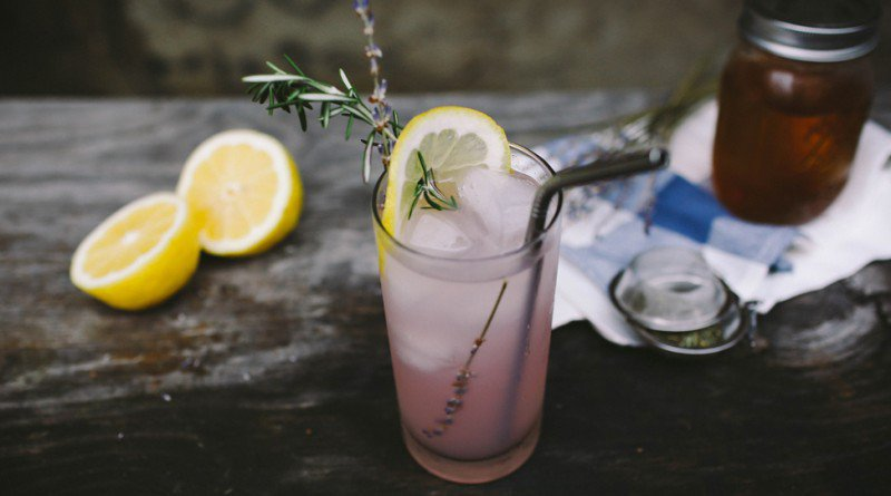 How To Make Lavender Iced Tea And Why You Should Be Drinking it - Healthy Food Society