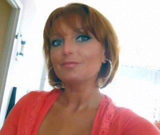 lanuitbrille02 - Bonjour, je suis Helena, simple, attentionnée,franche,honnête et très respectueuse, j'ai beaucoup de qualités a découvrir par la suite de nos connaiss...