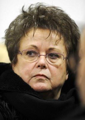 Homophobie : plaintes en masse contre l'ignominieuse Christine Boutin !