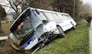 Accident de bus scolaire près de Lamballe : deux morts