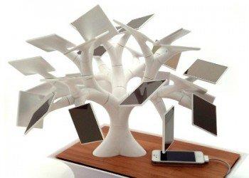 Un bonsaï solaire pour recharger son portable