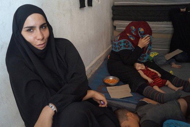 Coincées dans les limbes juridiques : des épouses de membres de l'EI veulent rentrer chez elles   Middle East Eye