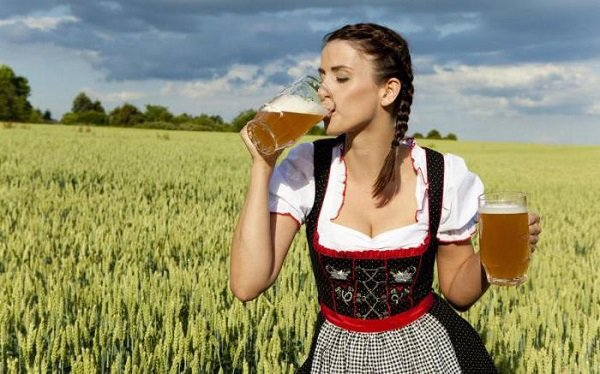 Is Beer Useful For Women? The Benefits And Harm Of Beer. - Living Better Life