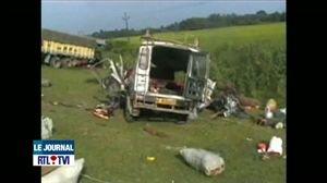 Inde: 28 personnes décédées dans un accident de bus - Vidéo - RTL Vidéos