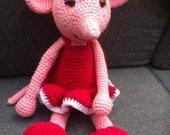 Souris ballerine avec sa robe fushia réalisée au crochet : Jeux, jouets par lou-janeiro