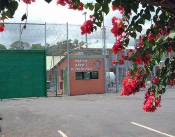 Mayotte : le Conseil d'Etat se penche sur la sécurité incendie du centre pénitentiaire de Majicavo