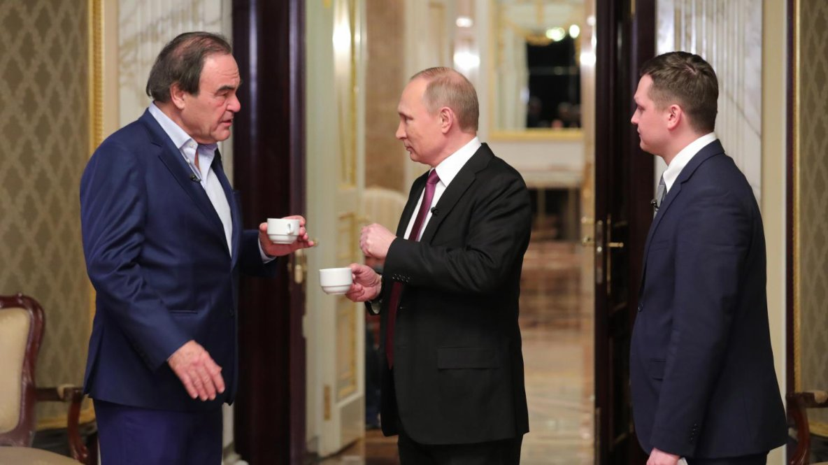 """VIDEO. Vladimir Poutine : """"Je ne suis pas une femme, je n'ai pas de mauvais jours !"""""""