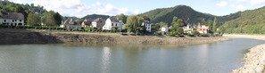 La batellerie - Expérience fluviale sur les fleuves, canaux et rivières navigables! Transport fluvial - Batellerie - Péniche - Chomâge de la haute Meuse