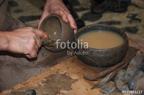 """""""Artisanat canarien : manufacture de céramiques (Moulin de Mazo)"""" photo libre de droits sur la banque d'images Fotolia.com - Image 125983217"""