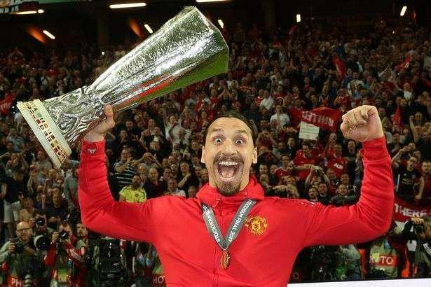 Jumat Ini, Manchester United Umumkan Pelepasan Zlatan Ibrahimovic | Berita Olahraga Terkini