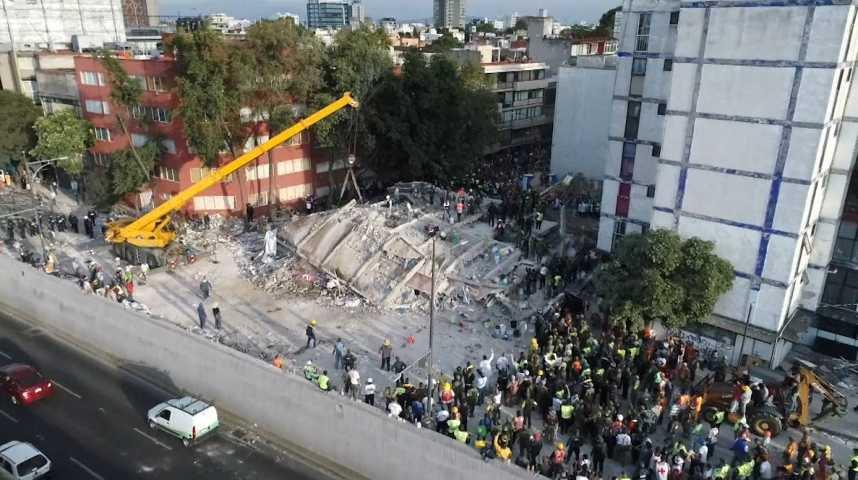 Vidéo : Mexique : les recherches continuent après le séisme - L'Obs
