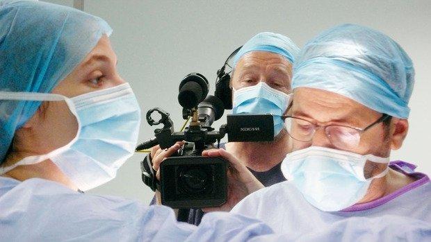 Deux ans dans un hôpital pour comprendre les secrets du burn out - Cinéma - FocusVif Mobile