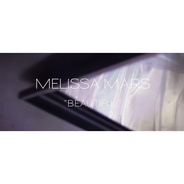 """2014 January 06 - Découvrez un extrait du clip """"Beautiful"""" de Melissa Mars"""