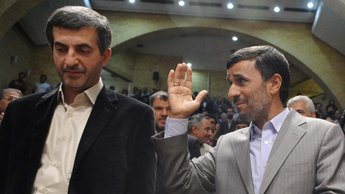 Le dauphin d'Ahmadinejad promet l'arrivée du printemps