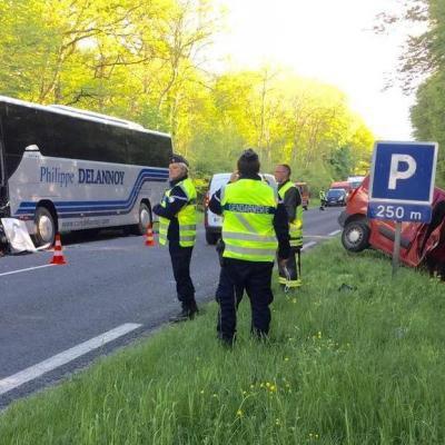 Des blessés et d'importants bouchons après une collision entre un utilitaire et un bus, entre Reims et Épernay