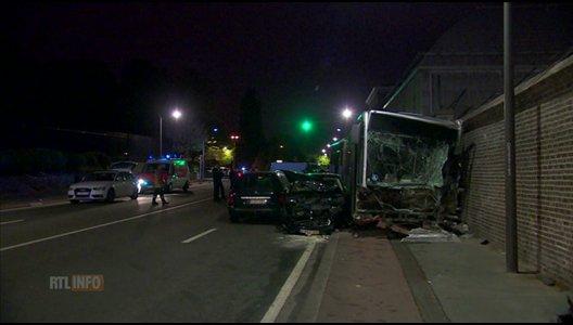 Laeken: dix blessés dans un accident de bus