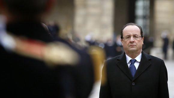 L'Éffacement Politique De François Hollande : Il Devient Inaudible Et Invisible! | ZEBUZZEO