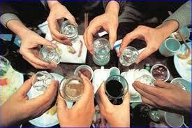 Cách điều trị hiệu quả viêm xoang tái phát do uống nhiều bia rượu dịp Tết