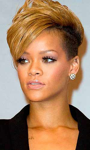 Emmadeloney S Articles Tagged Rihanna Curly Hairstyles Emmadeloney S Blog Skyrock Com