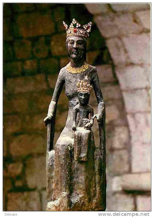 La Vierge Noire chrétienne, survivance d'un culte païen matriarcal pré-aryen : Isis, Artémis, Belisama