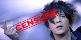 """Le clip """"college boy"""" d'indochine réalisé par Xavier Nolan dénonçant le harcèlement sur fond d'homophobie en milieu scolaire, censuré par le CSA."""
