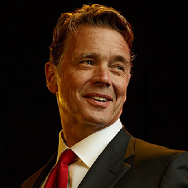 Meet John Schneider - The Official Website of John Schneider