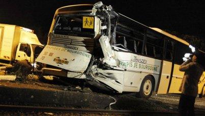 Bus contre TER… à cause d'un chahut