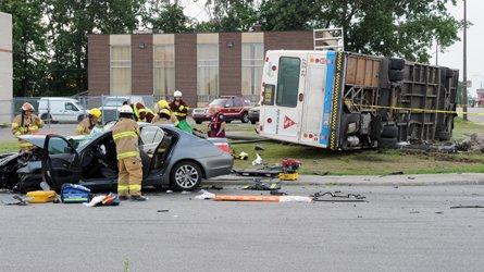 Dorval - Accident d'un autobus de la STM : 2 morts