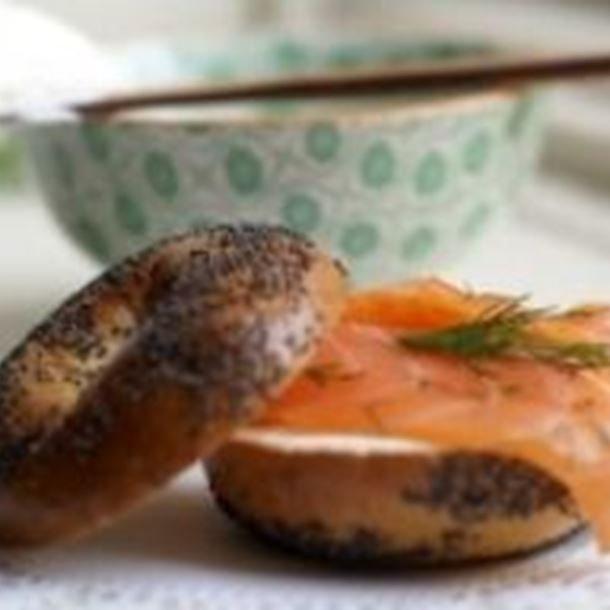 Saumon gravlax et sauce moutarde