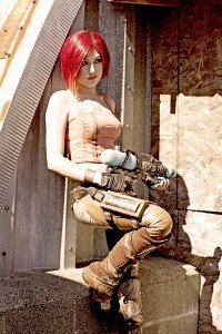 Amazing Lilith (Borderlands) Cosplay [Pic]
