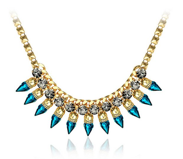 belle paris bijoux pas cher cristal swarovski bijoux femme alliage zircon collier cristal moon. Black Bedroom Furniture Sets. Home Design Ideas