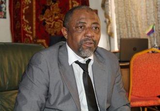 Suspension des vols d'Ewa et Air Austral : «Nous maintiendrons cette mesure aussi longtemps qu'il le faudra» - Al-watwan, quotidien comorien, actualités et informations des Comores