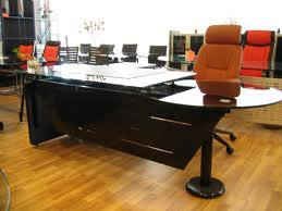 Office Furntiure | Workstations | Office Tables: Choosing the right office table