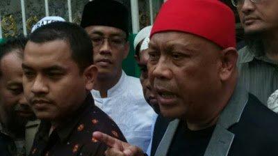 Berita Agen Poker Uang Asli: Kuasa Hukum Rizieq Shihab Sebut Jokowi Otak di Balik Masalah yang Menjerat Clientnya