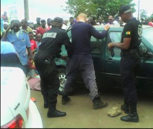 Cameroun: Yaoundé, 2 présumés terroristes de type occidental arrêtés en possession d'explosifs - Koaci Infos