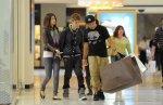 Une fête dite en famille et ami est en fait, une fête relaxe avec son amoureuse tout la journée. - Justinbieber-Life, la seule source sur Justin...