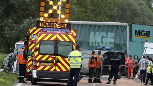 Maroc : le Roi donne ses instructions pour apporter assistance aux blessés marocains de l'accident de la route dans le sud de la France