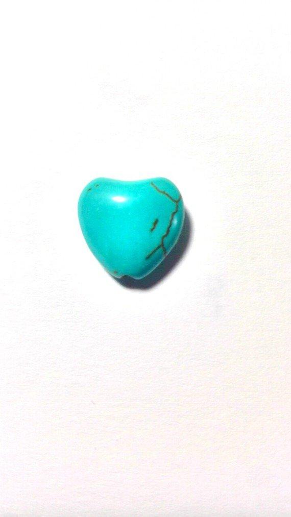 Perle en forme de c½ur en Turquoise reconstruite : Perles pierres Fines, Minérales par que-cuchi