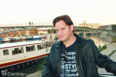 Jérôme Thévenot, chanteur et imitateur