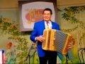 Accordéon Indissociable de notre culture populaire, l'accordéon invite à la convivialité...