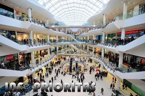 Jeritan Pedagang Toko Di Pusat Perbelanjaan Indonesia