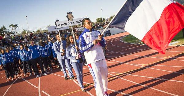 Aux Jeux des îles de l'océan Indien, le drapeau français fait partir les athlètes comoriens