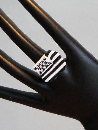 Bague drapeau breton en fimo réglable