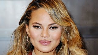 Chrissy Teigen Top 5 Hottest Photos
